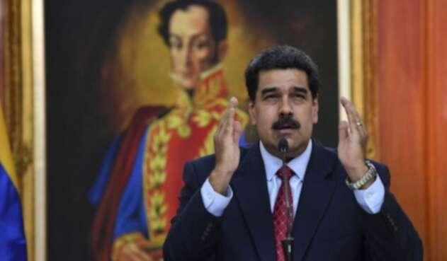 Oficial desconoce a Maduro