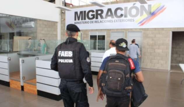 Guardia Venezolana en Migración Colombia