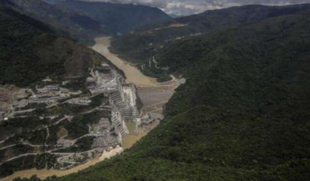 El río Cauca y la hidroeléctrica de Ituango, Hidroituango, en Antioquia
