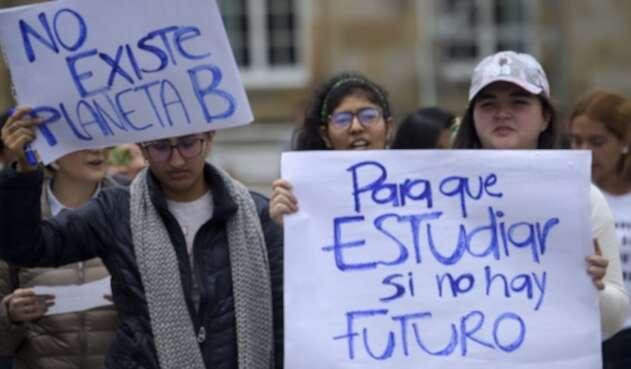 Protestas contra el cambio climático en Bogotá, por parte de jóvenes