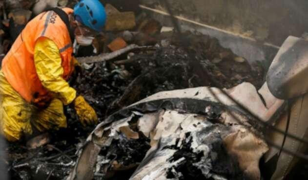 Avioneta se estrelló en el Occidente de Bogotá contra una vivienda