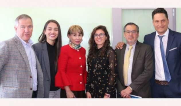 Carlos González, Isabella Echeverri, Alicia Arango, Natalia Gaitán en el marco de su encuentro en Bogotá