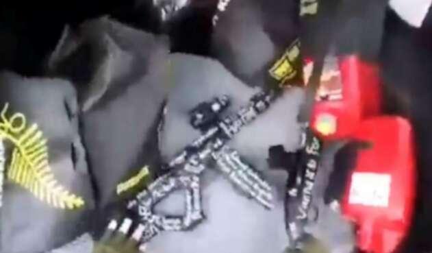 Armas que usó el autor del atentado en Nueva Zelanda