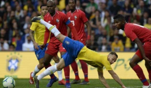 Brasil empató con Panamá