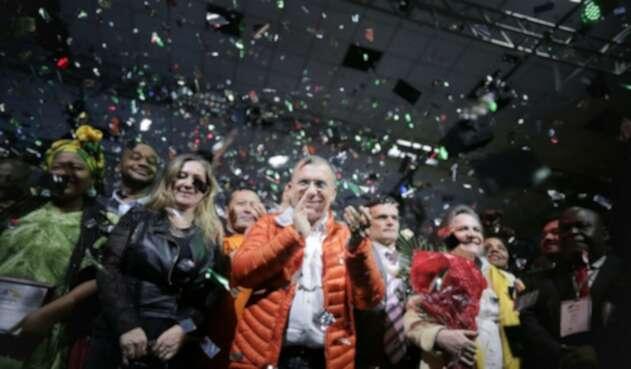 Crean el partido político 'Colombia Renaciente'