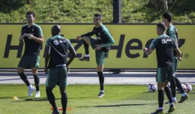 Cristiano Ronaldo entrena con Portugal en 2019