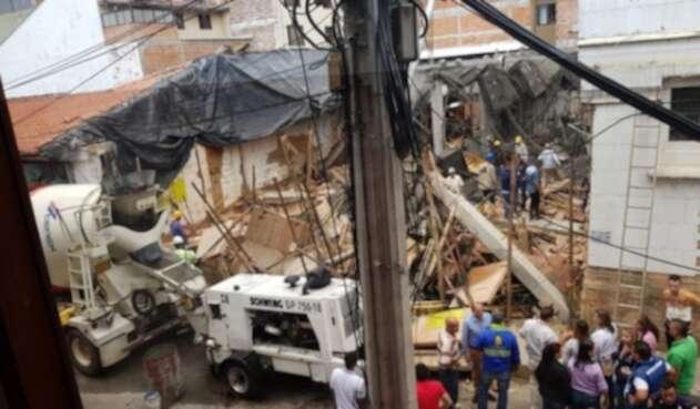 Se desplomó la construcción de un pasaje comercial cerca a la Alcaldía de La Ceja, Antioquia