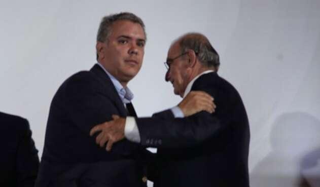 Iván Duque y Humberto de La Calle