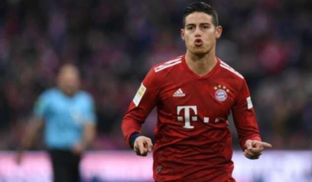 James Rodríguez, futbolista colombiano al servicio de Bayern Múnich, celebrando un gol ante Wolfsburgo
