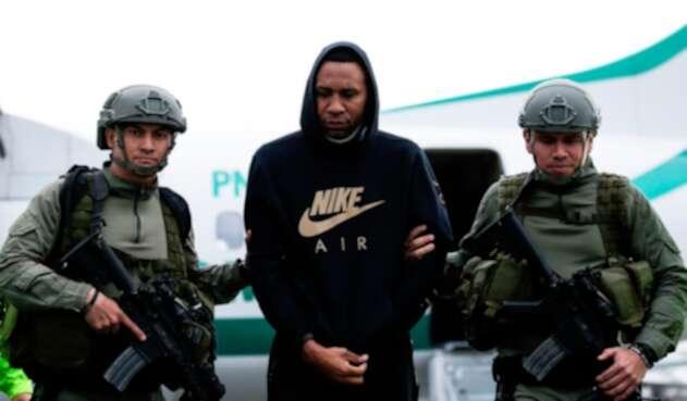 Jhon Viáfara tras ser trasladado por las autoridades de Jamundí a Bogotá