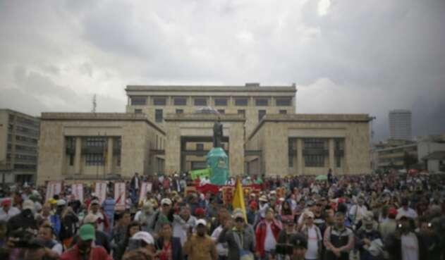 Marchas de maestros en Colombia