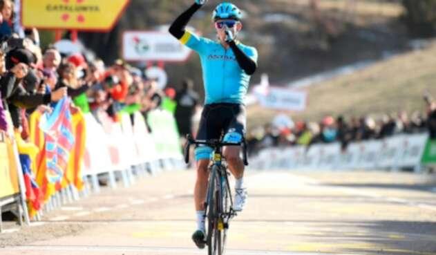 Miguel Ángel López, ciclista colombiano al servicio de Astana, tras ganar la cuarta etapa de la Vuelta a Cataluña