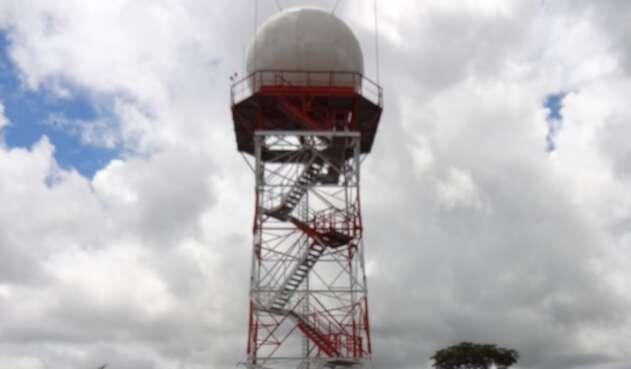 El nuevo radar meteorológico en San José de Guaviare ayudará en la prevención frente a desastres naturales.