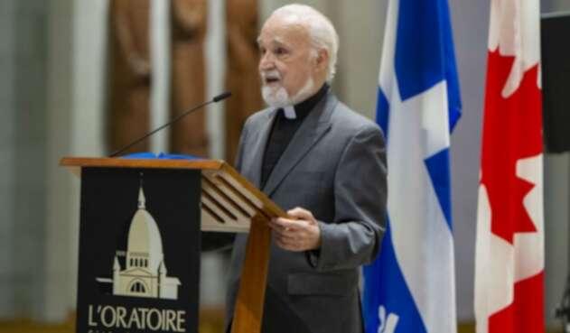 Padre Claude Grou, sacerdote apuñalado en Montreal