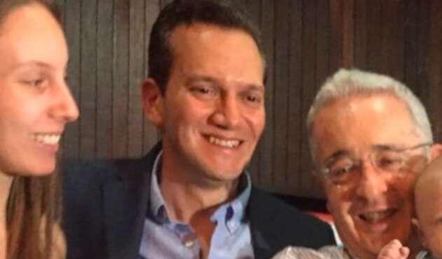 La foto familiar que desató los comentarios del senador Gustavo Petro