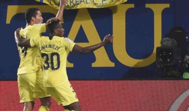 Carlos Bacca, celebrando su tanto ante el Barcelona