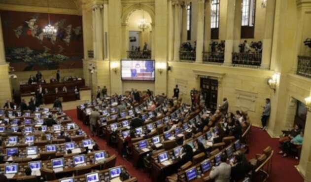 Plenaria de la Cámara discute las objeciones presidenciales a la Ley Estatutaria de la JEP.