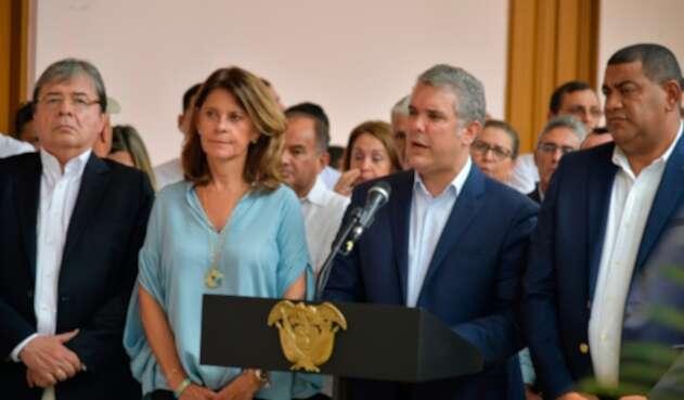 El presidente Iván Duque, acompañado por la vicepresidenta, Marta Lucía Ramírez, y el canciller, Carlos Holmes, en Cúcuta