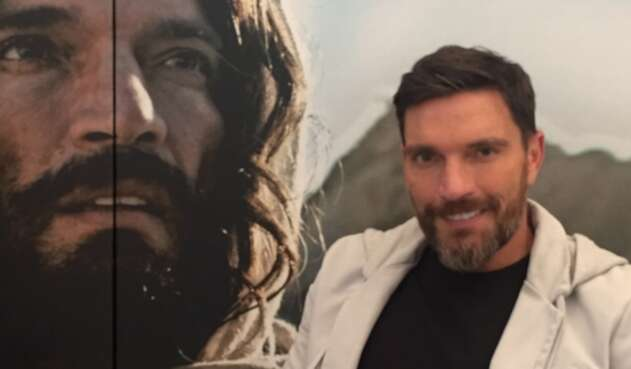 El actor Julián Gil interpreta a Jesús de Nazaret