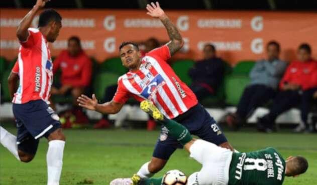 Junior cayó en Brasil.