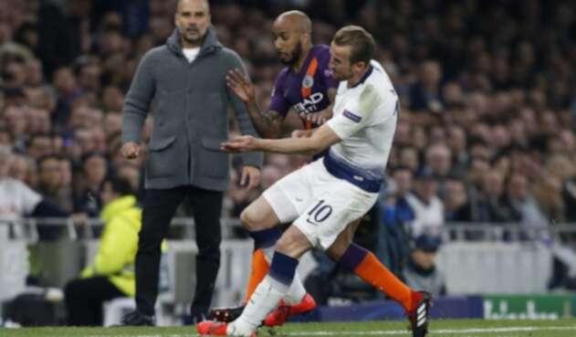 Kane en el momento justo de su lesión