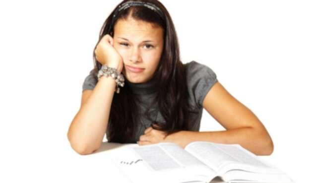Por qué se queda la mente en blanco en un examen