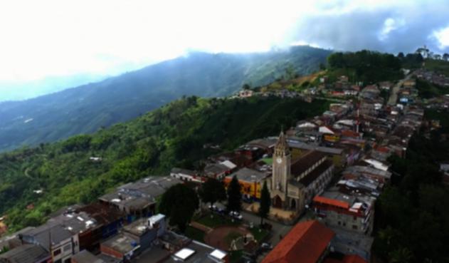 Policía confirma que no hay presencia de grupos armados en Caldas, ni provenientes de otras regiones de Colombia.