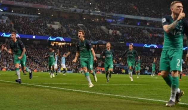 Tottenham enfrentará al Ajax en semifinales.