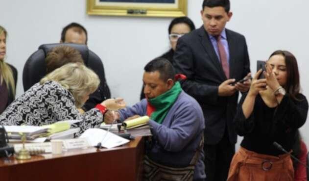 Voceros indígenas en la comisión primera de la Cámara