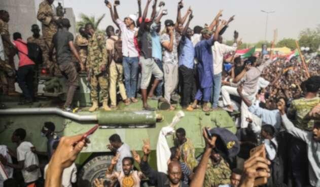 Cae del poder Omar al Bashir en Sudán