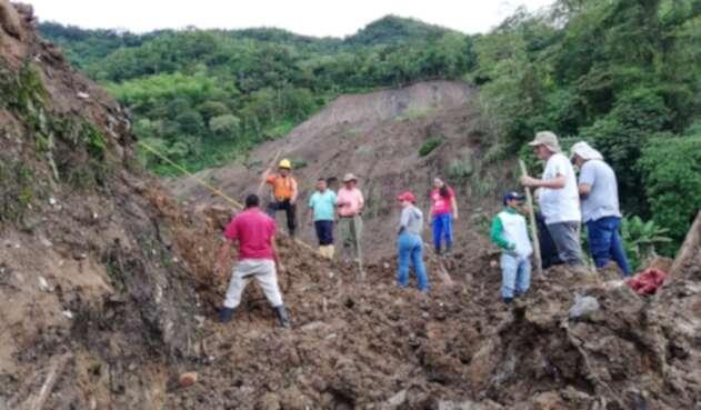 Trabajos de rescate de desaparecidos en Rosas, Cauca.