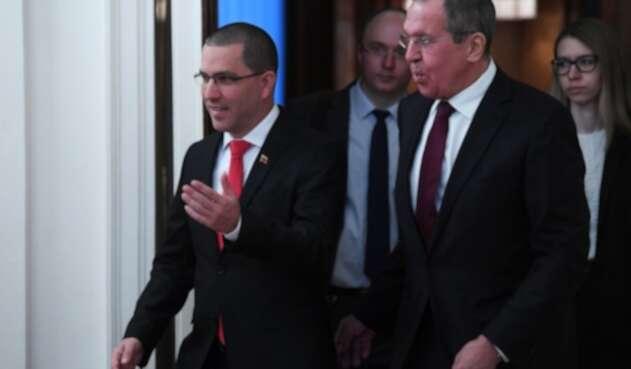 Jorge Arreaza y Serguéi Lavrov, ministros de exteriores de Venezuela y Rusia