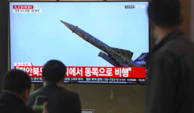 Tensión entre Corea del Norte y EE.UU., por lanzamiento de misiles y retención de buque