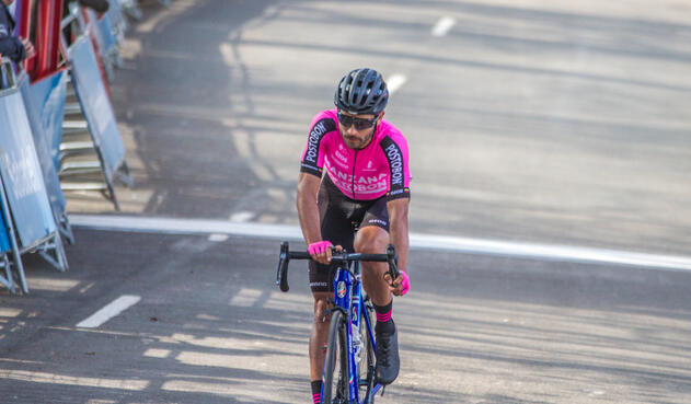 Carlos Julián Quintero se impuso en la primera etapa de la Vuelta a Asturias