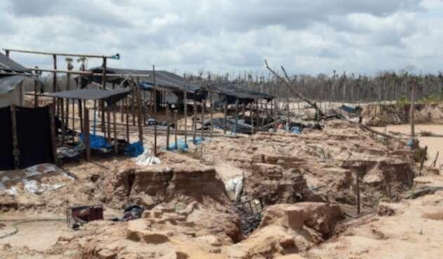Deforestación en Madre de Dios, Perú, por la minería ilegal