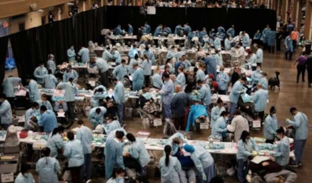 Odontólogos reunidos en Knoxville, Tennessee (Estados Unidos)