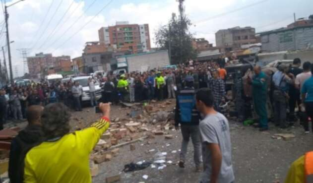 Explosión en Avenida Rojas con Calle 70
