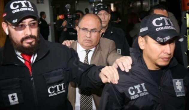Fiscal Fabio Augusto Martínez Lugo señalado de chuzar a pilotos de la Asociación Colombiana de Aviadores Civiles (ACDAC).