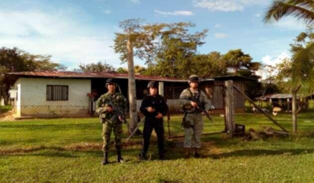 Autoridades tomando posesión en Caquetá de bienes del desaparecido Bloque Sur de las Farc