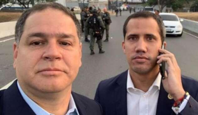 Luis Florido junto a Juan Guaidó