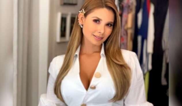 Melissa Martínez está comprometida en matrimonio