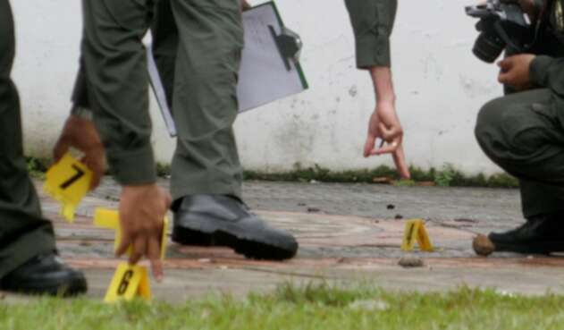 La policía adelantando labores de rigor