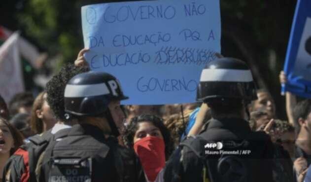 Protestas de estudiantes en Brasil