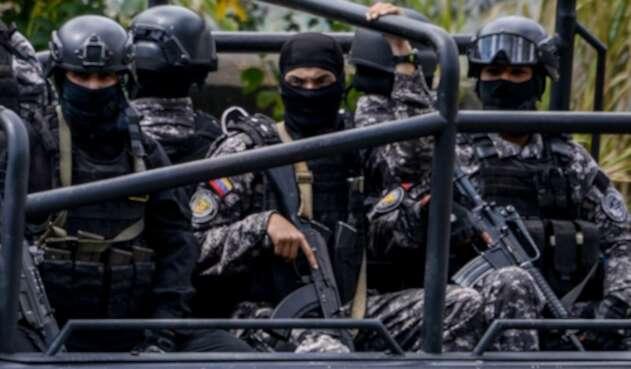 El Sebin patrullando las calles de Caracas