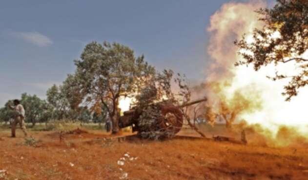 Continúan los bombardeos en Idlib, Siria