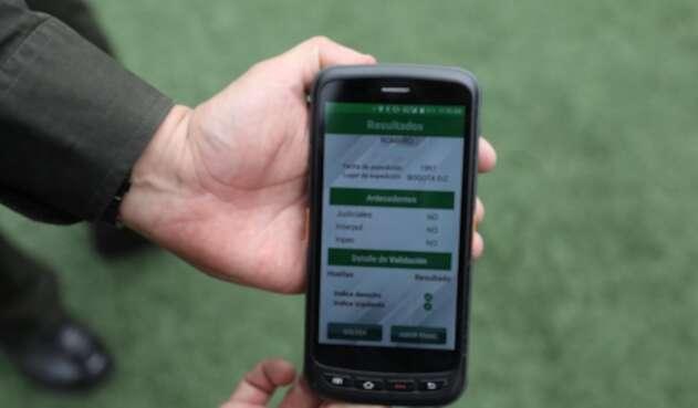 Identificación biométrica a la entrada del estadio El Campín