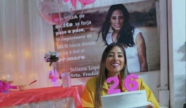 Daniela Henao celebra el cumpleaños de Juliana López.
