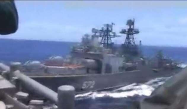Las dos embarcaciones de guerra han estado a punto de colisionar.