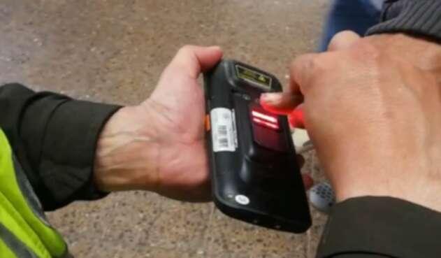 Sistema biométrico de la Policía