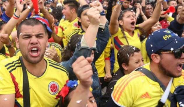 Colombianos celebrando